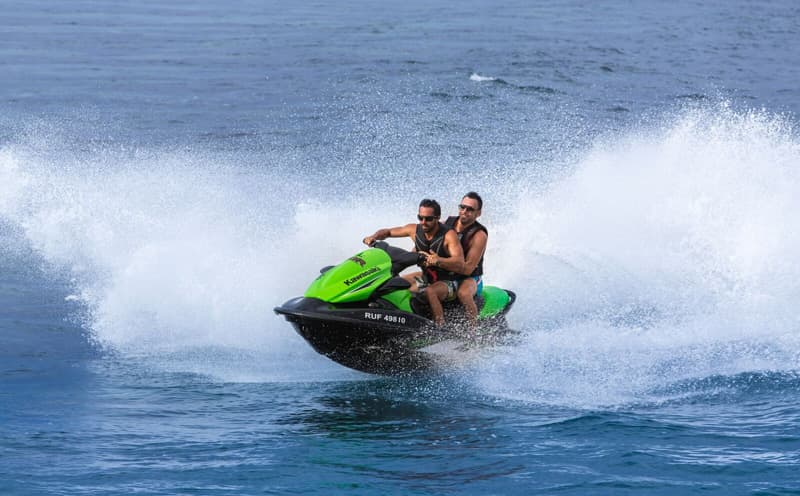 Renting Jetskis and Scooters